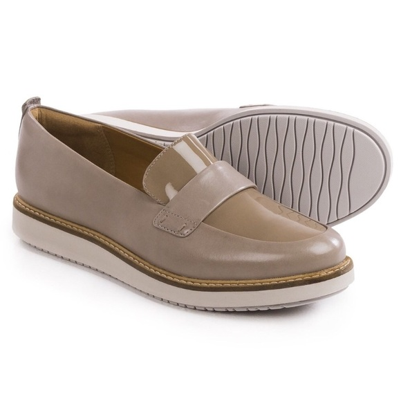 NEW Clarks Glick Avalee Loafer